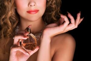 Atráelo con los perfumes con feromonas